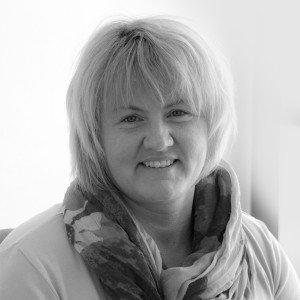 """Ingrid Gutsmiedl, Agentur </br><a href=""""mailto:i.gutsmiedl@muw-werben.de"""">Email</a>"""